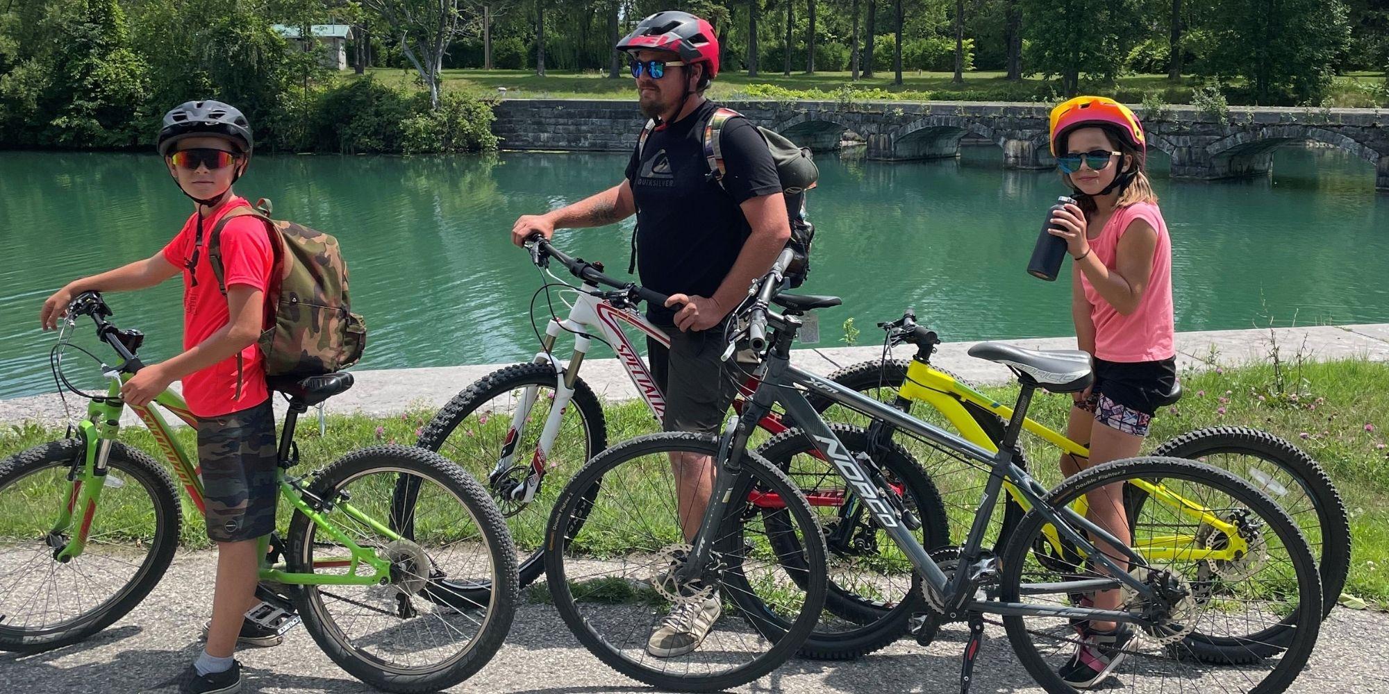 Randonnée familiale à vélo au canal de Soulanges